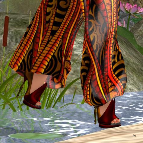{POSH PIXELS} Sunrise Tribal Heels - Slink High
